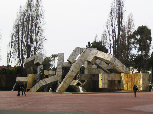 Vaillancourt Fountain