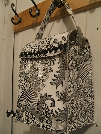 black lace oilcloth lunchbag crafting 365 day 41