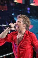 Jon Bon Jovi @ Nashville (crashmattb) Tags: music rock concert artist nashville bokeh tennessee performer jonbonjovi canonef50mm18ii canoneosdigitalrebelxti sommetcenter losthighwaytour