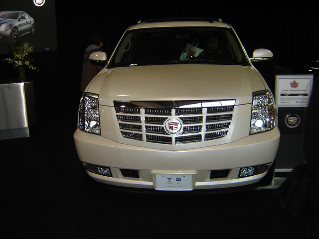 cars cadillac escalade ext