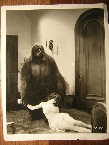 THE GORILLA (1927) still