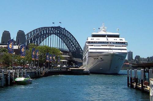 Seven Seas Mariner & the Coathanger Circular Quay Sydney