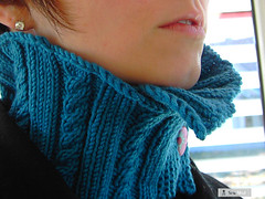 tudora (sew-mad) Tags: wool scarf knitting warm turquoise knit petrol collar knitty neckwarmer cowl sewmadbadge sewmad tudora