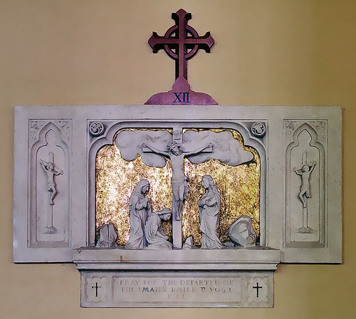 Sainte Genevieve Roman Catholic Church, in Sainte Genevieve, Missouri, USA - station of the cross