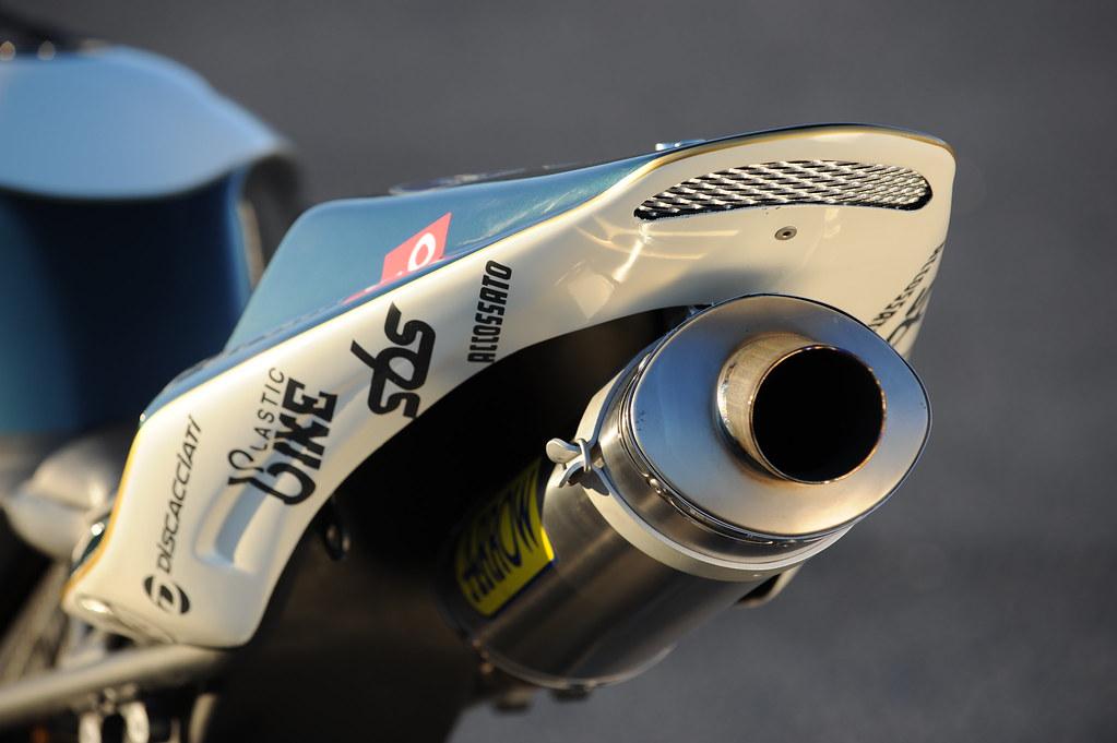 Machines de courses ( Race bikes ) - Page 2 2229958993_79463d4804_b