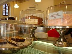 Cakes, Magnolia Uptown