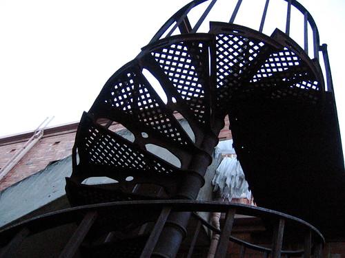 spiral staircase, Carlton