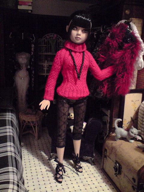 CharlIE :)) dans un beau pull rouge tricoté par Nadine :) Page 2 et 3 :) 2375222700_cc767a4e7d_o