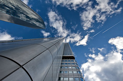 10mm, Skyscrapers And Contrails (Philipp Klinger Photography) Tags: blue windows sky glass lines metal clouds skyscraper reflections germa