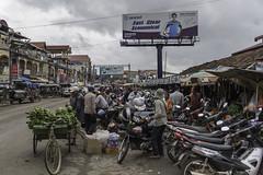 Market Place (- Jan van Dijk -) Tags: krongkampot kampotprovince cambodia kh market markt marketplace bikes busy freshfruit bananas