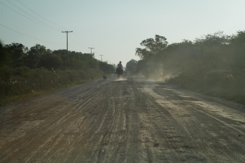 Para poder observar con mayor claridad el cielo es de suma importancia alejarse de las ciudades. Con este fin nos dirijimos a Zanjita, situado a unos 80km de Asunción y ubicada en una zona alejada de ciudades.(Tetsu Espósito - Zanjita, Paraguay)