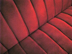 red (miuenski) Tags: red night canon stripes grain diagonal couch materials encarnado greenmonstersgroup artlegacy obliquemind obliquamente newvilage likhangsining bestminimalshot