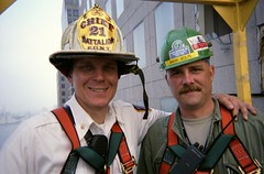 9/11 - cleanup efforts (@robertpelikan) Tags: 2001 nyc newyork worldtradecenter 911 nypd ground 11 september collection twintowers wtc zero septembre nyfd memoriam