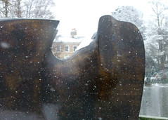 12 Knife Edge Two Piece, 1962-5 (chericbaker) Tags: sculpture kewgardens snow kew moore henrymoore mooreatkew