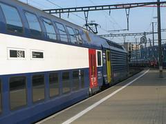 450 xxx-x, Dietikon (Howard_Pulling) Tags: station switzerland sbb 450 dietikon class450 zurichsbahn hpulling howardpulling