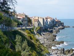 Cefalu tengerpartja (ossian71) Tags: olaszország italy italia szicília sicily cefalu tájkép landscape városkép city tengerpart coast