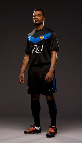 Patrice Evra in 2009-10 change kit