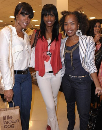 Kim Porter, Kelly Rowland, and Angela Bassett attend LL Cool J's wife Simone I. Smith jewelry launch, at Bloomingdale's on May 12, 2011 in Century City, California. kimporterdaily.blogspot.com