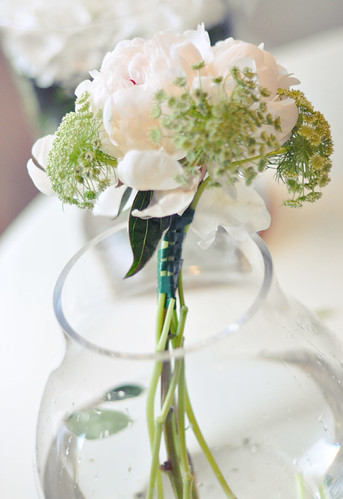 DIY White and green wedding bouquet 2