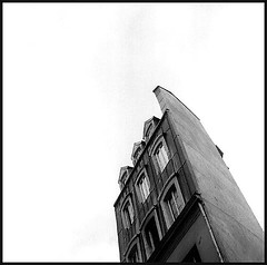 SYBERIA ({ Don't Believe The Hype }) Tags: street city urban bw paris france building 120 6x6 tlr film rolleiflex mediumformat spring noiretblanc trix squareformat 35 bastille automat 2007 placedelabastille twinlens tessar 11mearrondissement labastille moyenformat