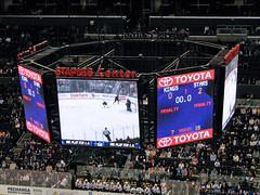 End of one period (mark6mauno) Tags: hockey stars nhl dallas losangeles los angeles center kings national staples league scoreboard staplescenter losangeleskings nationalhockeyleague canonpowershots3is 200708