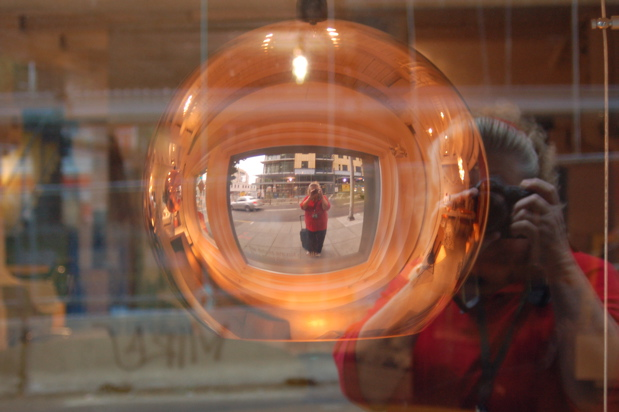 glass_ball_everett_620x412