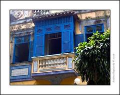 vecchio balcone carioca, Rio de Janeiro (Andrea Rapisarda) Tags: brazil riodejaneiro colore blu brasile balcone platinumphoto goldstaraward rapis60 andrearapisarda