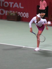 sharapova serves (monmonch) Tags: tennis wtf sharapova serves khalifastadium womentennis qatartotalopen qataropen