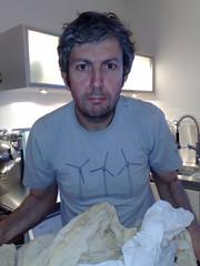 Are you talken to me?? (HallAnnie) Tags: shozu kitchen menatwork housework harringay haringey areyoutalkintome threewindmills domesticchores doingthewashing peopletreetshirt organicfairtradetshirt