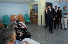 Pedro Passos Coelho visita Associação de Beneficência de Gouveia