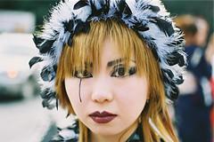 plumitive (colodio) Tags: jkids jrock visual kei japanese japan girl yoyogi tokyo young feather hat plumes colodio 030330c34zplume black tear auburn fv5 fur woman harajuku japon sushi fujiyama geisha teardrop makeup toscan style 角色扮演 japonais cosplay otaku