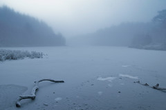 a frozen lake somewhere in Scotland ... (UmX) Tags: winter lake canon frozen frost subzero 30d