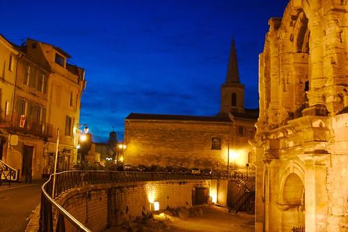 Arles la nuit