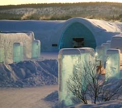IMG_3673.JPG1 (gezzajax) Tags: blue snow cold art ice water architecture reindeer design bed sweden freezing arctic e freeze lapland northern dogsledding kiruna icehotel arcticcircle jukkasjrvi snowmobil torne reindeerskin rivertorne