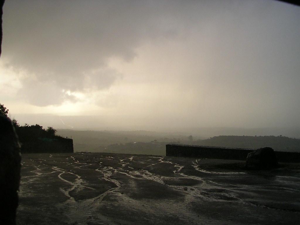 lluvia en la coria 039