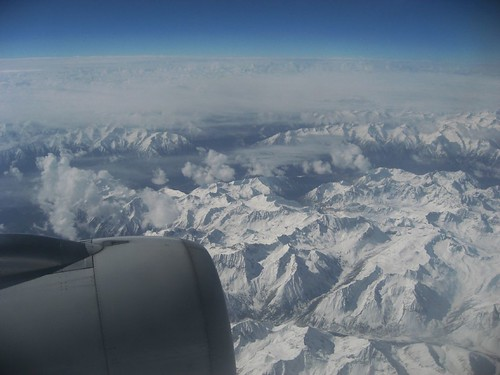 Flying over the Tibetan Plateau