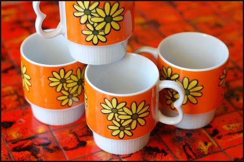 70s floral mugs