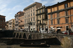 Rome (pim van den heuvel) Tags: from street original favorite rome canon lens photo amazing cool photographer d great den ruine pim 400 kit mm van typical 18 55 beautifull heuvel pimvdh