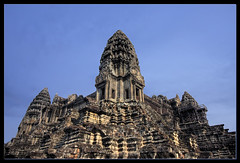 Angkor Wat (Mio Marquez) Tags: landscape temple cambodia kingdom angkor wat efs1022f3545usm canon40d mmarquez