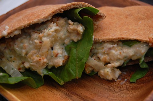 Tempeh Pita Sandwich With Cucumber Sauce