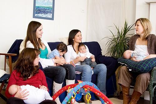 breastfeeding-group-pic