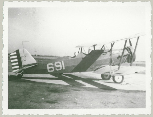 biplane 691