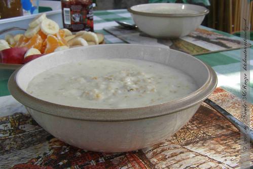 Schottland-Frühstück mit Porridge