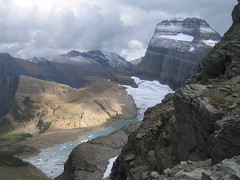 Mount Gould And Grinnell Glacier (Ryan Hadley) Tags: cliff usa lake snow mountains ice nature clouds landscape nationalpark montana rocks hiking rockface worldheritagesite glacier rockymountains iceberg glaciernationalpark alpinelake cirque continentaldivide highlinetrail grinnellglacier interestingness190 i500 arte mountgould uppergrinnelllake lewisrange swiftcurrentridge explore21october2007 grinnellglacieroverlook