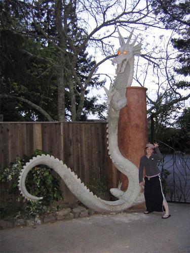 Maya and Gate Dragon
