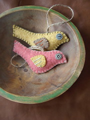 warm (lilfishstudios) Tags: wool birds yellow recycled handmade salmon craft felt ornament repurposed woodenbowl vintagebuttons feltedwool lilfishstudios