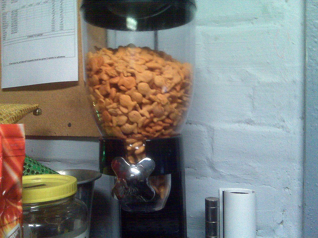 Goldfish Dispenser