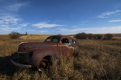 Rust-orama (Len Langevin) Tags: rusty old abandoned car rustbucket forgotten rural decay alberta prairie canada nikon d300s tokina 1116 rusted
