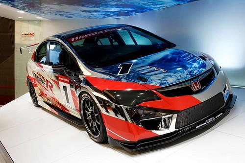 Honda Civic Type R гоночный вариант (фото)