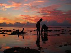 Happy Sunday!!  -  Day 360 / 356 days (i b u) Tags: pink sunset red sea orange playing rock kids clouds reflections geotagged interestingness skies silhouettes 123 321 lagoon shutter ibrahim ibu geotagging maale maldivianphotographer maldivianphotography abigfave maldiven ibrahimmohd ibumohd shallo ibuphotoscom maldivesibusadventure maldivesphotography shallolagoon hoyfull ibuphotographycom ibphotographycom maldivesphotographer